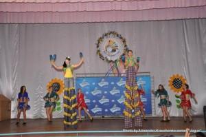 Воспитанники луганского народного цирка «Родник» оказались самыми рослыми гостями «Перлини Донеччини»
